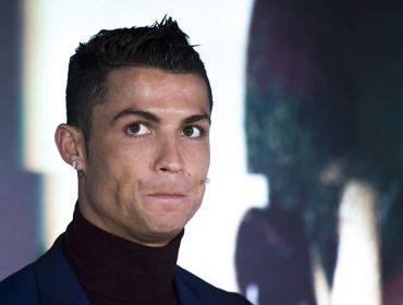 Cristiano Ronaldo se impõe auto quarentena na Ilha de Madeira em luxuosa casa de sete andares