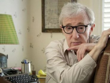 Polêmico livro de memórias escrito por Woody Allen é lançado discretamente nos EUA