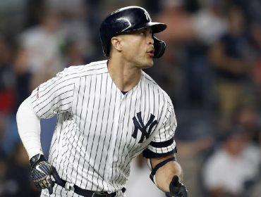 """Gigante do beisebol americano, Yankees vai """"emprestar"""" seu uniforme para profissionais de saúde dos EUA"""