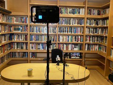 Bibliotecas particulares de jornalistas chama a atenção na web. Vem conhecer algumas delas!