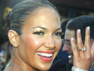 JLo revela que anel com diamante rosa de US$ 2,5 mi é uma das melhores lembranças de seu namoro com Ben Affleck