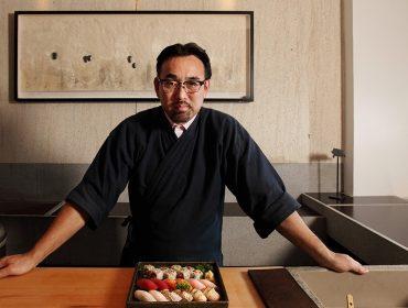 Jun Sakamoto lança serviço de delivery com menu especial para comer em casa
