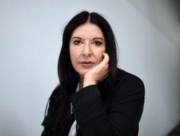 Insinuações de que Marina Abramovic é satanista levam a Microsoft a cancelar anúncio estrelado pela artista