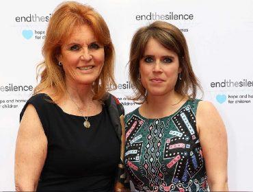 """Mãe da princesa Eugenie, a única """"royal"""" britânica com conta no Insta, Sarah Ferguson chama as redes sociais de """"esgoto"""""""