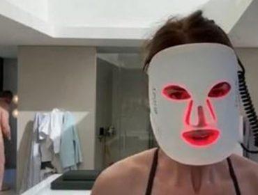 Poderoso milionário britânico aparece pelado em 'live' de namorada no Facebook. Quem? Glamurama conta tudo