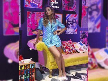 """Anitta """"investe"""" mais de R$ 15 mil em pijama usado na estreia de 'Dentro da Casinha'. Aos detalhes!"""