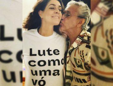 Cateano Veloso e Paula Lavigne comemoram a chegada do neto Benjamin Souza Veloso
