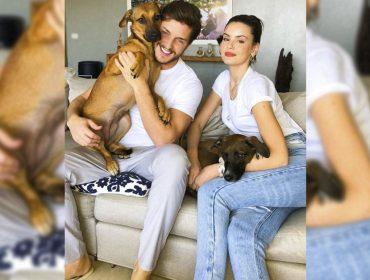 Camila Queiroz e Klebber Toledo revelam que assistir novela em que se conheceram faz parte da rotina na quarentena. O que mais?