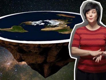"""Fernanda Takai lança lyric vídeo de """"Terra Plana"""" com imagens espacias na NASA. Espia!"""