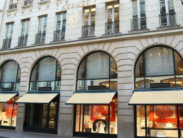 Hermès reabre sua principal maison em Paris depois de oito semanas fechada por causa da pandemia