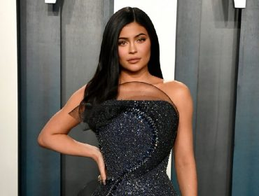 Extra! Kylie Jenner teria mentido e até falsificado documentos para se passar por bilionária