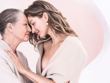 Gisele Bündchen estrela comercial de maison francesa ao lado da mãe, Vânia Nonnenmacher. Assista!