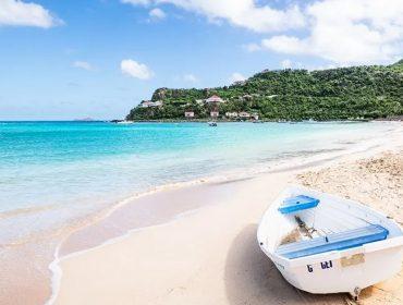 Uma das ilhas mais hypadas do Caribe inicia abertura para turismo nessa semana. Mas todo cuidado é pouco!