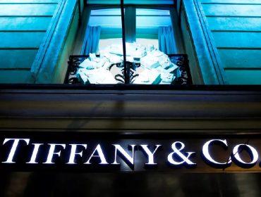 Compra bilionária da Tiffany & Co. pelo LVMH corre o risco de ser cancelada. Aos detalhes!