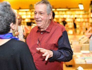 Antonio Bivar, que partiu nesse domingo, foi hippie, punk, pop… um dos grandes representantes da contracultura no Brasil