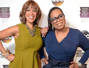 Oprah envia jatinho de R$ 351,8 mi para buscar bff em Nova York só para matar a saudade. Que tal?