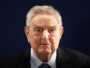 George Soros pega carona no Black Lives Matter e doa mais de R$ 1 bi para promover justiça racial nos EUA