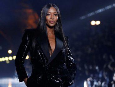 """Naomi Campbell abre semana de alta-costura de Paris com discurso antirracista: """"Chegou a hora de chamar a atenção do mundo da moda para a desigualdade"""""""