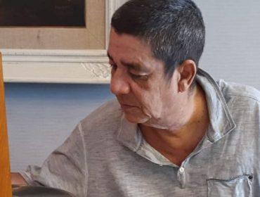 Zeca Pagodinho revela que só leu o livro que conta a sua história nesta quarentena…obra foi lançada em 2003!