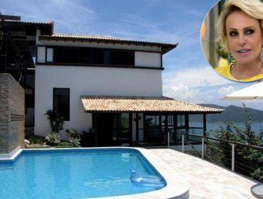Ana Maria Braga coloca casa em Arraial do Cabo à venda por R$ 2,5 milhões. Vem ver!