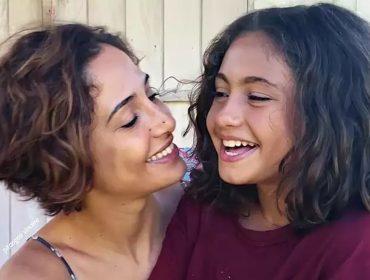 """Camila Pitanga tranquiliza fãs após revelar que ela e a filha estão com malária: """"Estou me recuperando muito bem"""""""