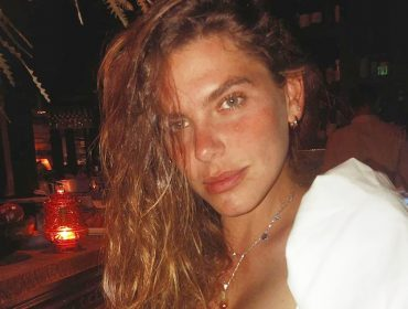 Mariana Goldfarb entrega passo a passo de sua maquiagem preferida no Instagram e confessa que precisa melhorar. Confira!