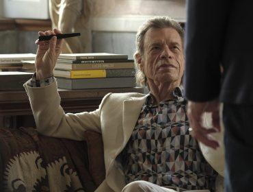 Mick Jagger interpreta um vilão artsy em sua primeira atuação no cinema em 12 anos