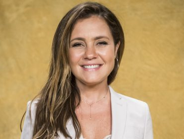 """Adriana Esteves vira assunto mais comentado nas redes sociais e nós te contamos o motivo: """"Sou fofoqueira"""""""