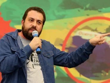 """""""Tenho certeza que nem toda a classe média é reacionária"""", diz Guilherme Boulos sobre diálogo para reduzir desigualdades em São Paulo"""