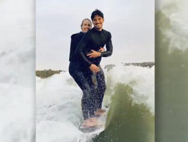 Gabriel Medina lança desafio de casal após vídeo surfando com Yasmin Brunet na mesma prancha