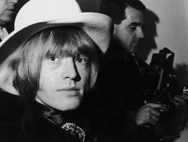 Afogamento misterioso de fundador dos Rolling Stones será tema de série americana sobre mortes de famosos