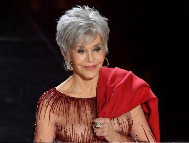 """Jane Fonda afirma que não sente falta dos 'red carpets' na quarentena: """"Nunca gostei desses eventos"""""""