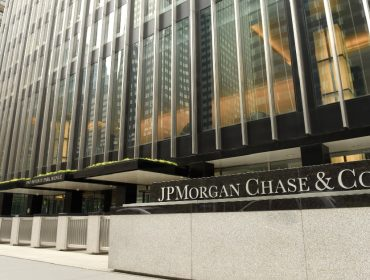 Clientes milionários de banco dos EUA podem ter fraudado documentos para ter acesso ao 'coronavoucher' americano