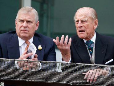 Envolvido em escândalo, príncipe Andrew não será convidado para a festa dos 100 anos de seu pai