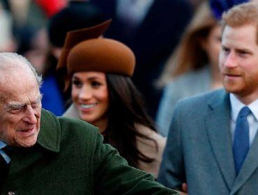 Estado de saúde do príncipe Philip poderá adiantar retorno de Meghan e Harry ao Reino Unido