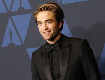 Duas semanas depois de testar positivo para Covid-19, Robert Pattinson volta à gravação de Batman