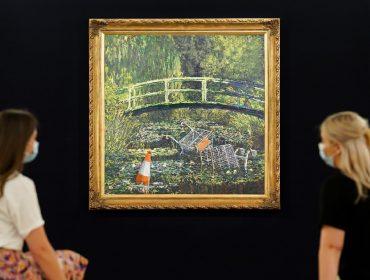 Cópia de quadro de Monet assinada por Banksy é vendida por mais de R$ 55 mi em leilão