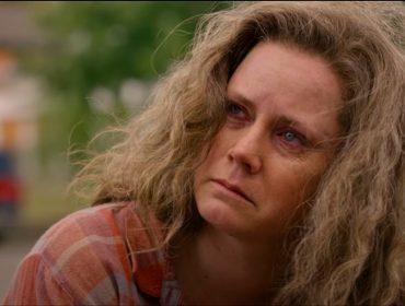 Amy Adams se torna assunto mais comentado na internet após trailer de novo filme e fãs pedem Oscar