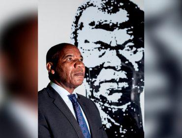 """José Vicente, reitor da Universidade Zumbi dos Palmares, solta o verbo: """"Floyd colocou todo mundo na parede, ficou claro que violência policial não é mais tolerável"""""""