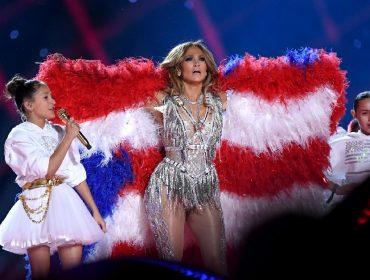 Filha de J-Lo quer cantar clássico de Johnny Cash no casamento de sua mãe com Alex Rodriguez