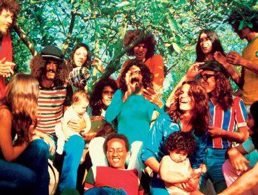 A volta do grupo A Cor do Som faz lembrar os tempos heroicos dos Novos Baianos e como os artistas viviam em comunidade