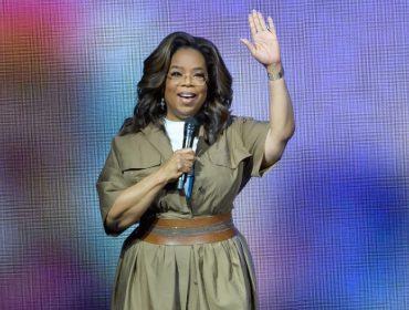 Oprah Winfrey adere à campanha pelo voto nos EUA e liga para eleitores registrados no país