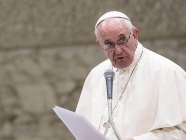 Papa Francisco cita Vinicius de Moraes para fazer alerta sobre polarização na sociedade