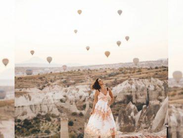 Em trip pela Turquia, Luciana Cardoso aproveita paisagens incríveis da Capadócia para lembrar dos tempos de modelo. Confira!