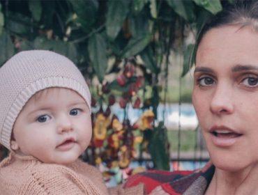"""Fernanda Lima comemora um aninho de Maria com álbum de fotos e declaração de amor: """"Te amo filha! Jamais soltarei sua mão"""""""