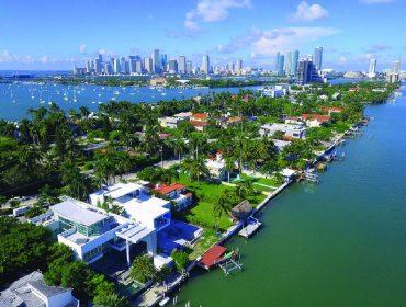 Bilionário brasileiro que vendeu casa na Flórida por mais de R$ 57 mi é o assunto do momento por lá