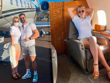 Britney Spears antecipa comemoração de seu aniversário de 39 anos e zarpa em viagem romântica com namorado