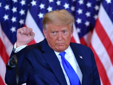 Fortuna de Trump encolheu mais de R$ 20 bi desde que ele assumiu a presidência dos EUA