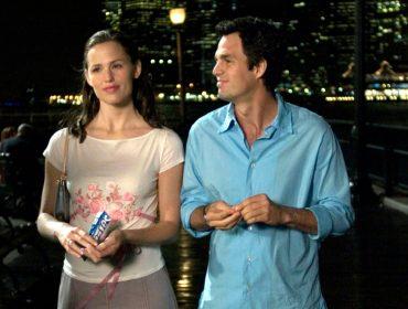 Após 16 anos, Jennifer Garner e Mark Ruffalo, casal queridinho de 'De repente 30', voltam a atuar juntos