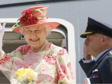 Rumores de que Elizabeth II vai abdicar do trono aos 95 anos voltam a circular no Reino Unido
